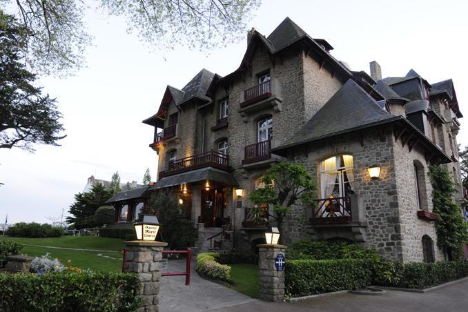Castel Marie Louise Exterior