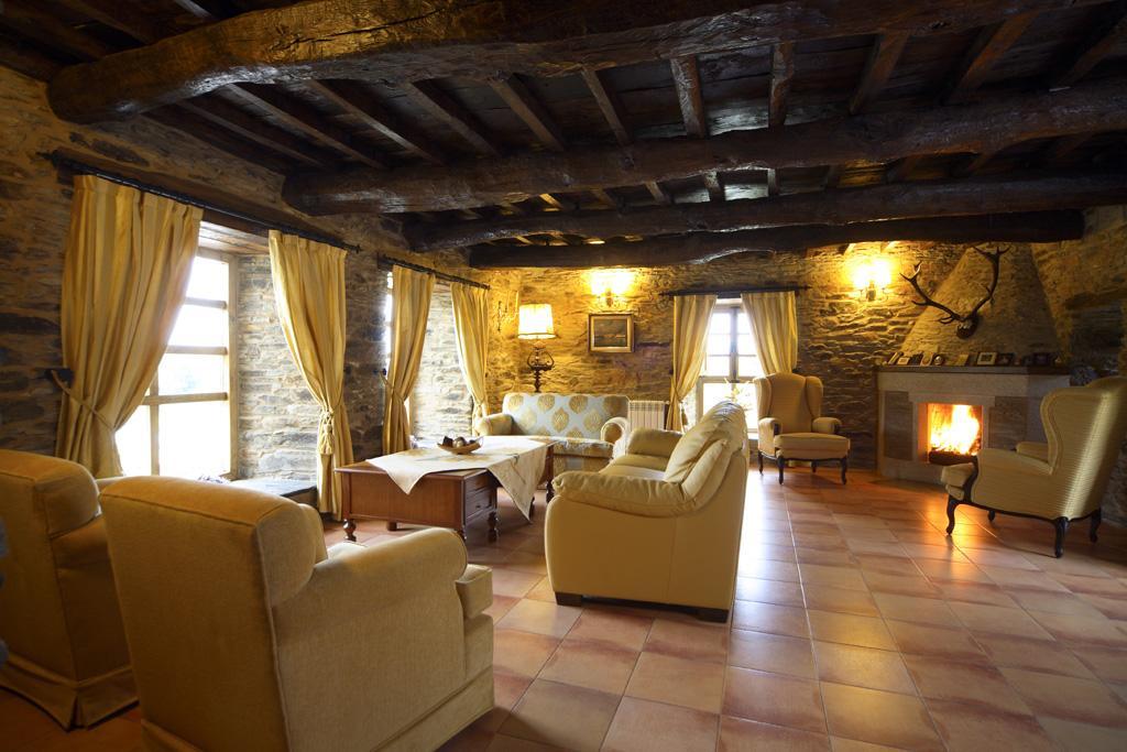 Pazo Santa Mar A Lounge