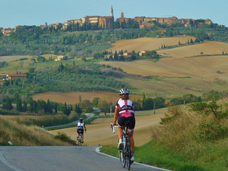Cycling The Great Roads Of Tuscany