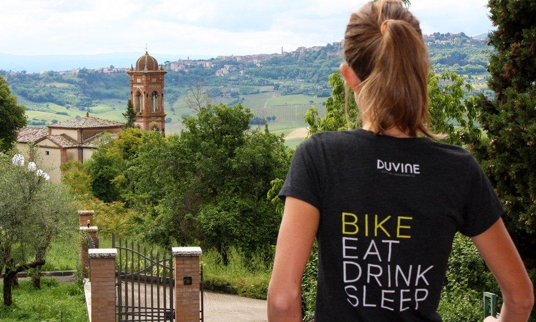 Arien Overlooking Tuscany