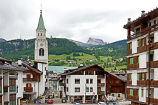 adorable-ski-towns_featured-image_for-web