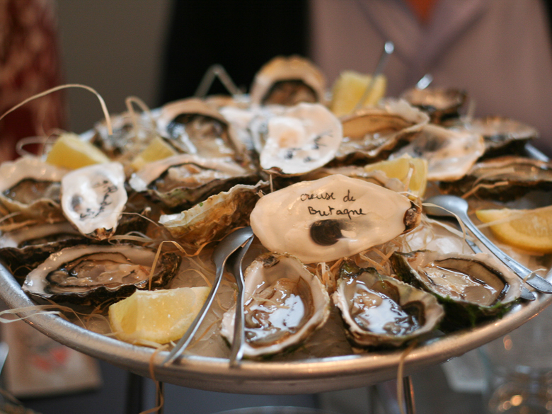 oysters in champagne_FOR WEB