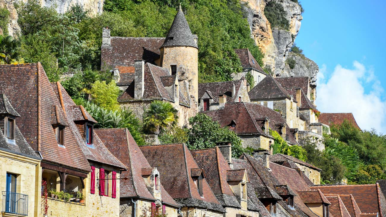 Closeup of buildings constructed in the cliffsided in Rocamadour, France